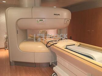 Philips 1.0T Panorama Open MRI